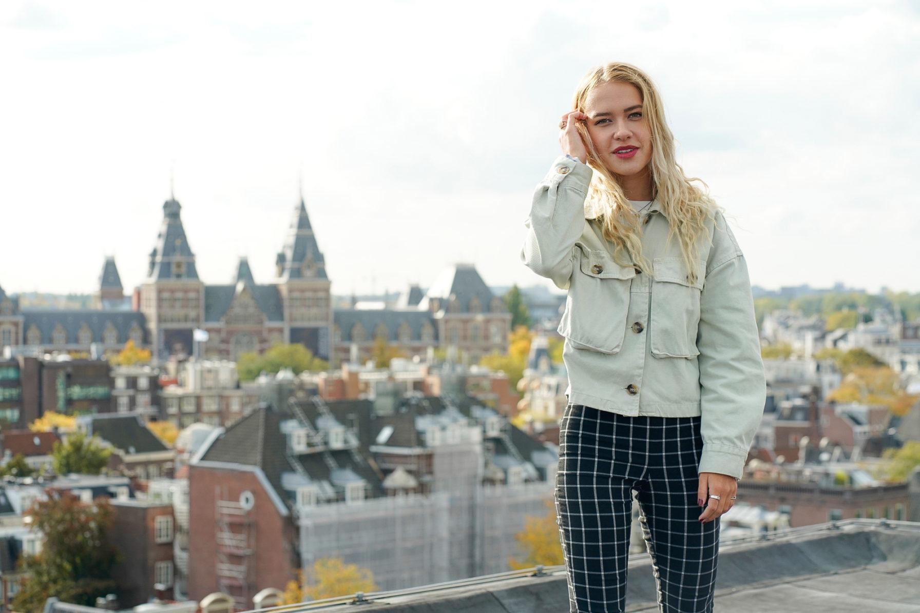 Elle Hollis ADE 2019 3